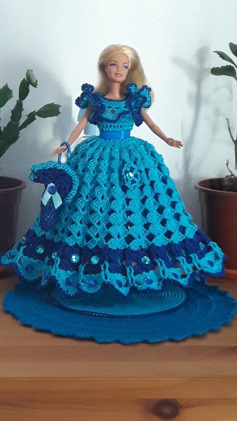 Robe barbie bleue et ses accessoires
