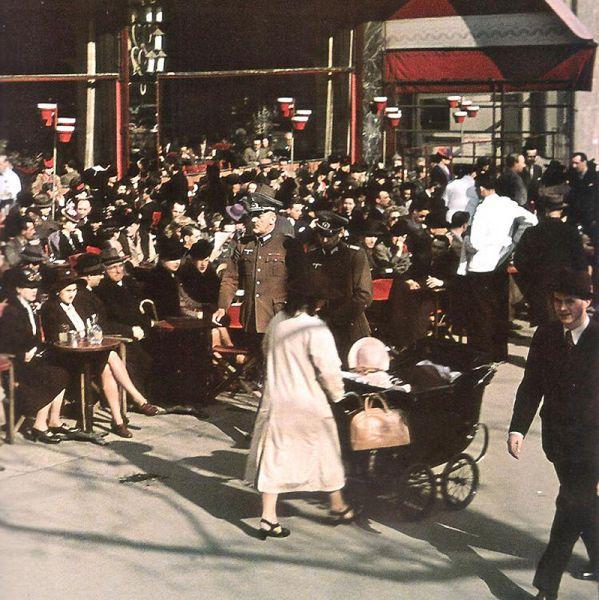 Andre Zucca: Nazi Propaganda Photos - Paris during WW26