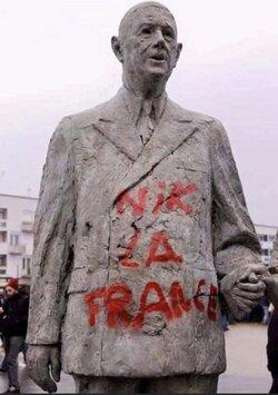 De Gaulle vu par un racialiste