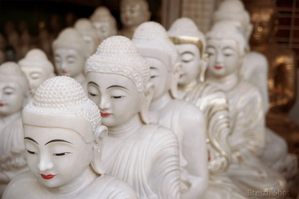 bouddhas en albâtre - Rangoon