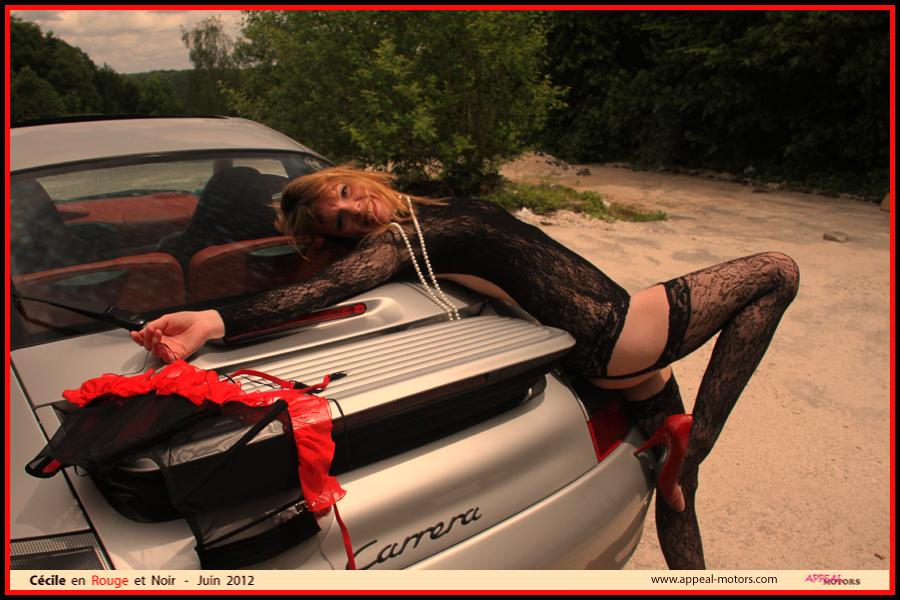 Cécile en Rouge et Noir