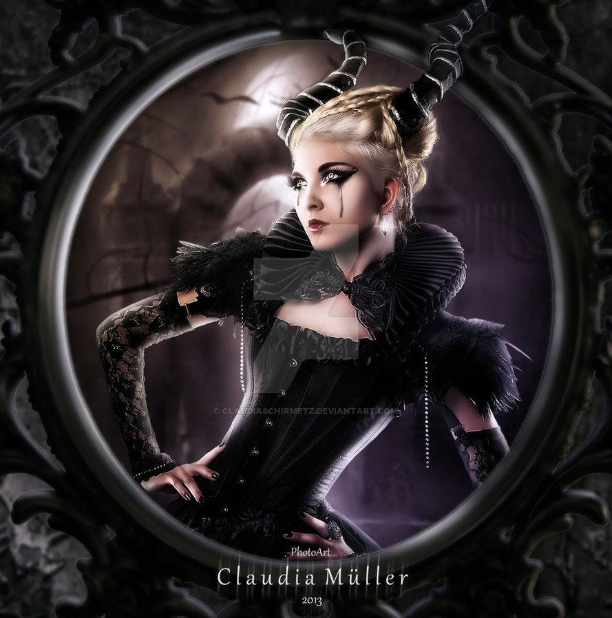 Claudia Muller