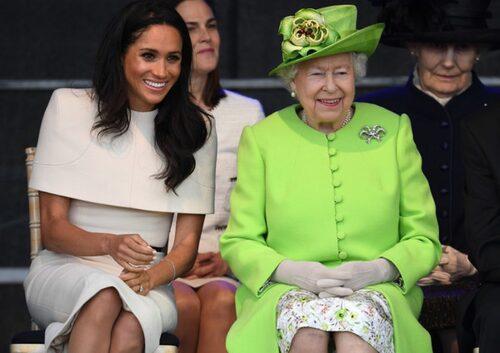 Elisabeth II et Meghan à Cheshire