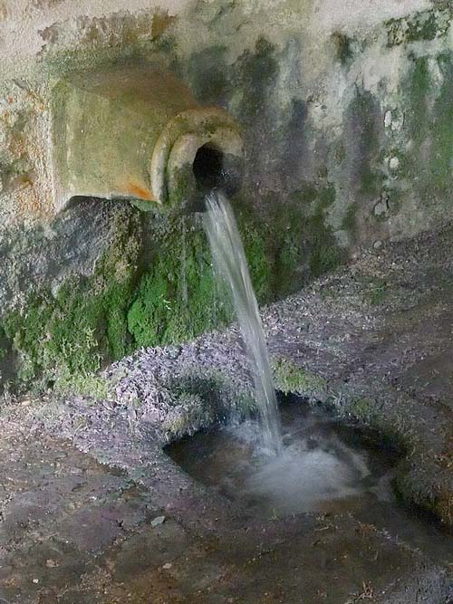 Le lavoir aux dés d'Essarois....