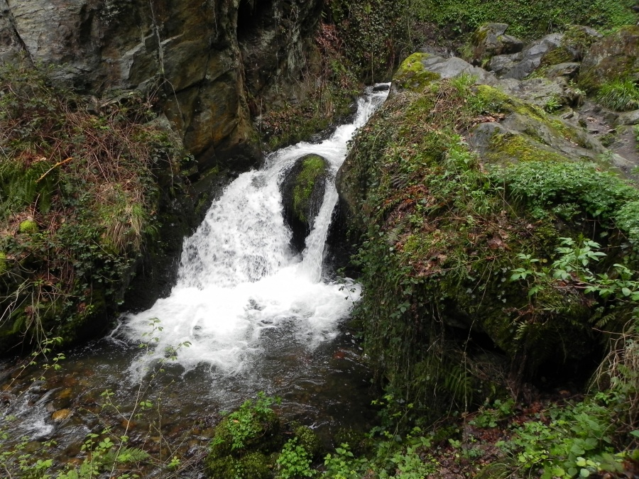 la cascade de Juzet près de Luchon