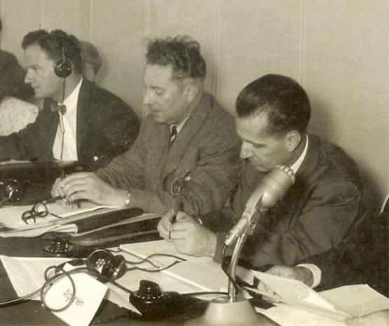 Paul Teisseire (1er à droite) à la Conférence européenne sur le lutte contre le mildiou du Tabac- Cologne 1956.