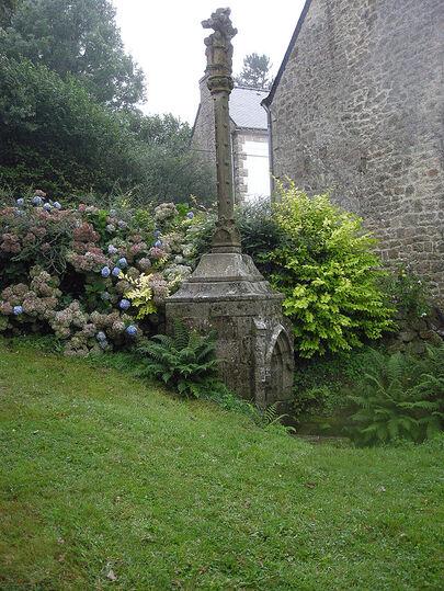 Saint-Adrien de Saint-Barthelemy Calvaire Face Nord Ouest.jpg