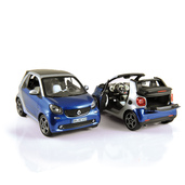 1:18 NOREV 183438 smart fortwo cabrio 2015 (exemplaires de production)