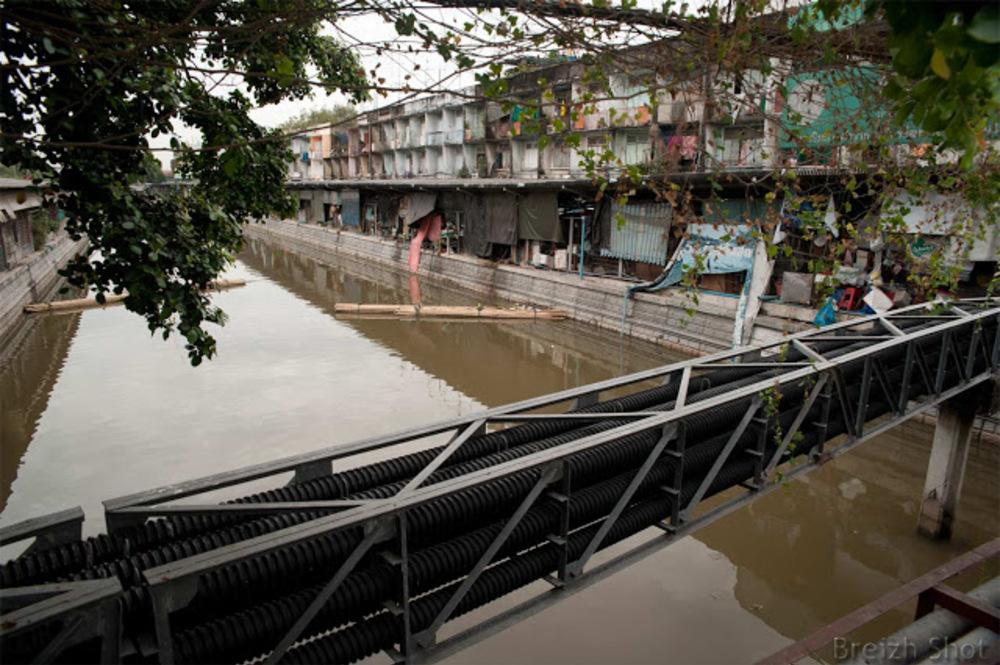 Pak Klong Talat / Le marché vu depuis le klong