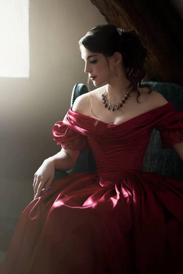 Aria Aslinn, modèle