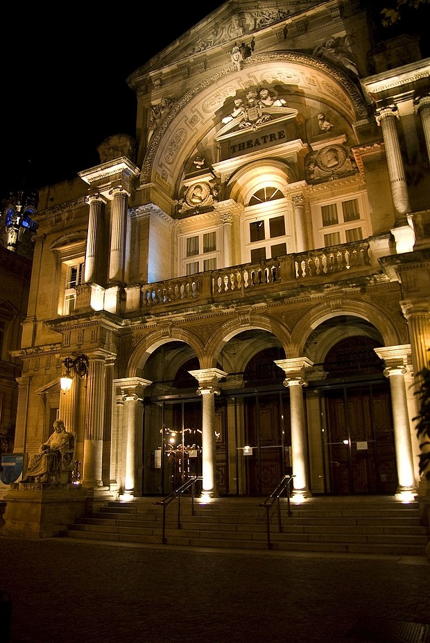 avignon-theatre-.jpg