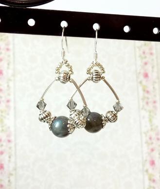 Boucles d'oreilles anneaux pierre de labradorite 8mm sur Argent 925/ Grey Labradorite rings earrings / Sterling Silver 925