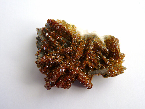 Vanadinite sur Baryte