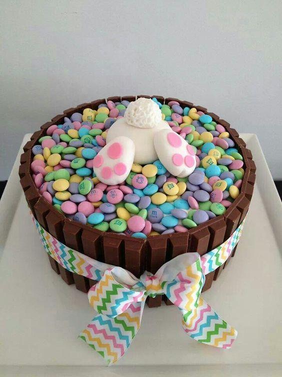 Ruban  • Kit Kat  •  M&M'S  • lapin en sucre  •  Pour Pâques, les enfants adoreront ces friandises ^^: