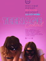 TEENAGE COCKTAIL : Deux adolescentes de la banlieue, Annie et Jules, veulent fuir ensemble à New York, loin de leurs parents et du quotidien insipide qui est le leur. Mais pour cela, elles ont besoin d'argent. De beaucoup d'argent même, d'après leurs calculs. Jules, la plus libérée des deux, initie son amie, tout d'abord réticente, à l'univers très lucratif du mannequinat en ligne. Au départ, rien de bien sérieux apparemment. Mais grâce à leurs vidéos sexy et à la clientèle qui grandit, elles se mettent à gagner beaucoup d'argent. Sans se rendre compte des conséquences de leurs actes, les deux jeunes filles décident d'aller plus loin, mettant alors leur vie en danger…-----... Origine : Américain  Réalisation : John Carchietta  Durée : 1h 28min  Acteur(s) : Nichole Bloom,Fabianne Therese,Pat Healy  Genre : Drame  Date de sortie : 15 janvier 2017  Année de production : 2016