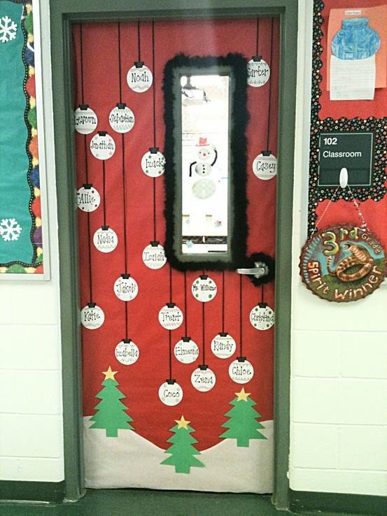 D corer sa porte de classe le coffre de crapi zil for Decoration porte noel pinterest