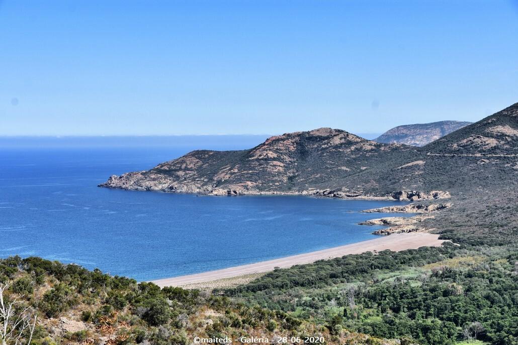 Grande plage de Galéria depuis le sentier de Tuarelli