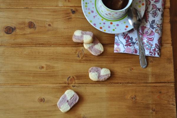 Damier cerise-vanille