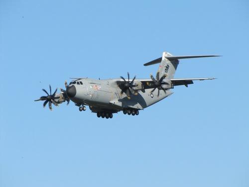 Avions Militaires et Helicoptères