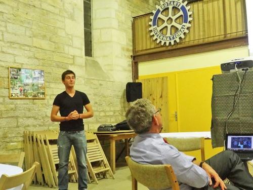 """Les """"Student Exchange"""" au Rotary Club de Châtillon sur Seine..."""
