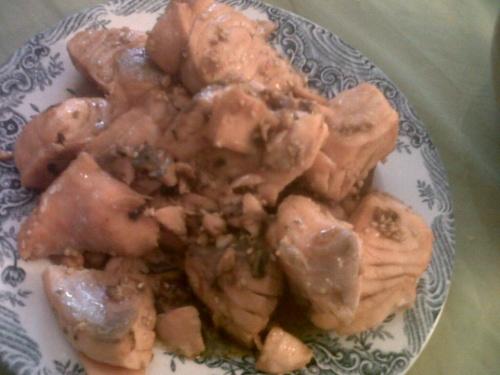 Dés de saumon sauce soja et graines de sésame