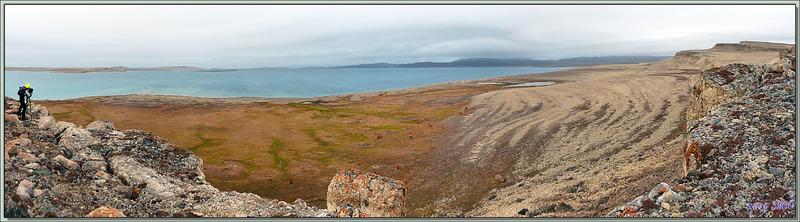 """26 août 2016 : escale à Qariaragiuk, 72° 03' 27"""" Nord, 94° 06' 06"""" Ouest - Somerset Island - Nunavut - Canada"""
