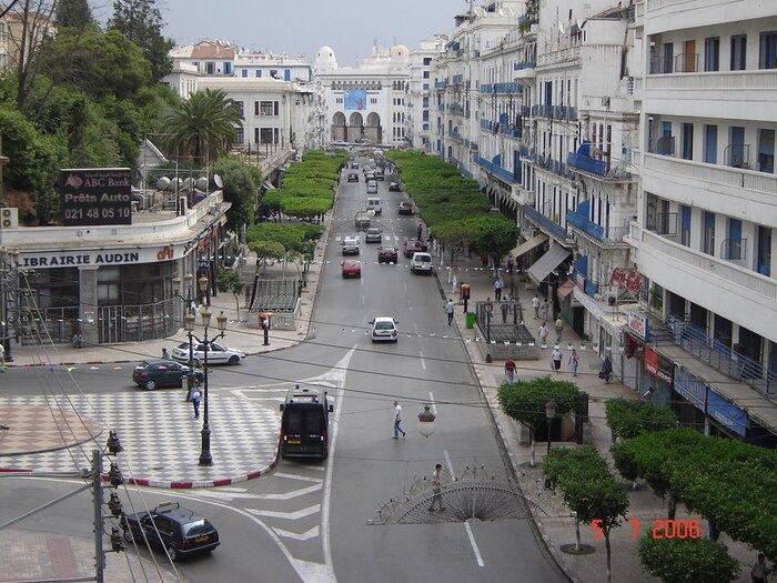 """Pieds-noirs : """"Voyager en Algérie, un véritable bonheur"""""""