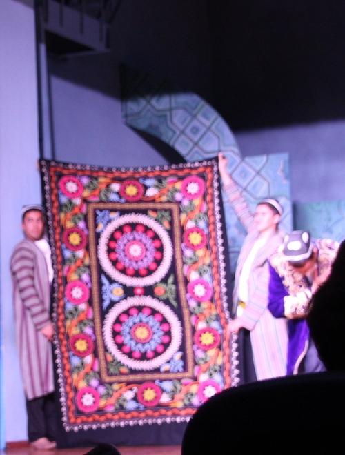 Spectacle au théâtre El Merosi (suite) à Samarcande