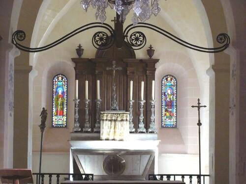 Le choeur de l'Eglise de Rochefort