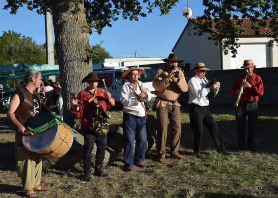 La Banda Tchok à St Symphorien (Treize Septiers [85])