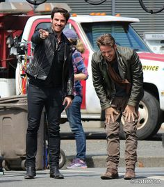 "Colin O'Donoghue and Sean Maguire - Behind the scenes - 5 * 1 ""Dark Swan"" 17 July 2015"