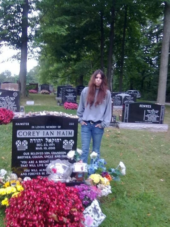 Pardes Shalom Cemetery 3