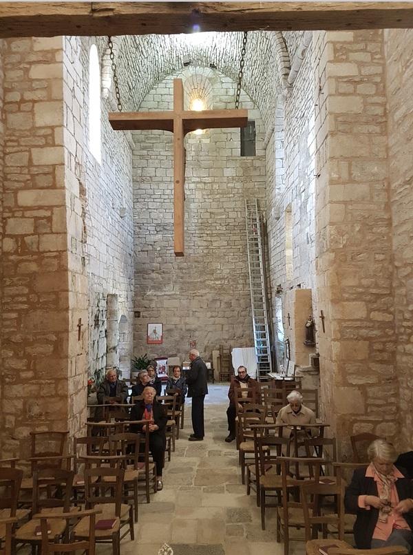 Intérieur de l'église de Mayrinhac le Francal