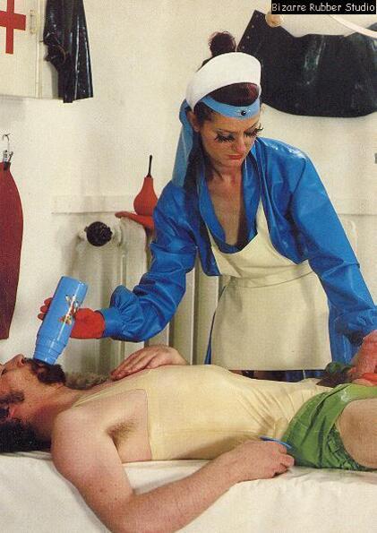 Une nurse et son AB