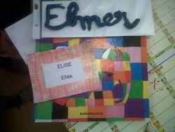 Elmer et les animaux de la savane