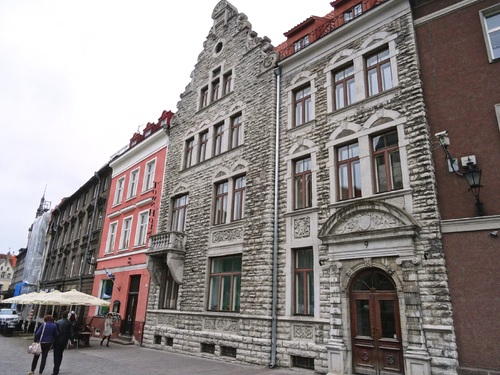Tallinn en Estonie: autour de l'église Zaint Nicolas (photos)