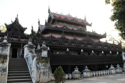 Le monastère Shwenandaw