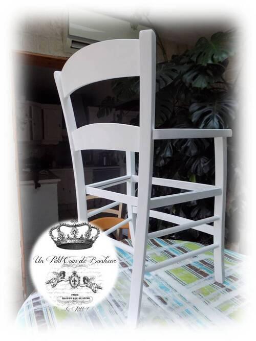 Restauration complète d'une chaise bergère