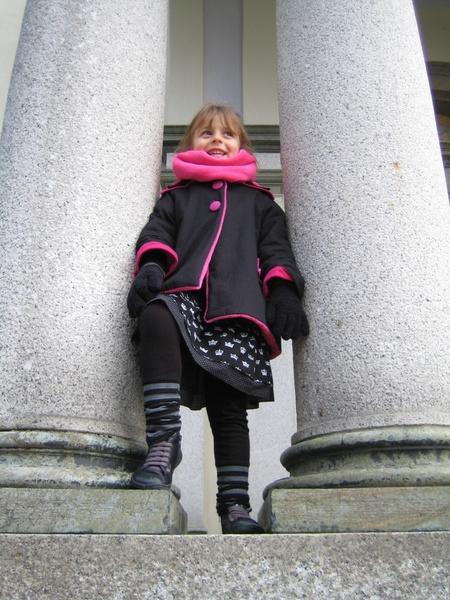 Un manteau pour demoiselle