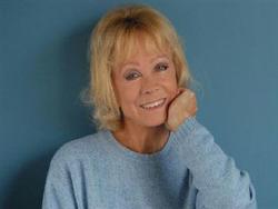 56. Isabelle Aubret - chanteuse