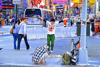 ny_time_square_21_photographers_lawn_chairs_166