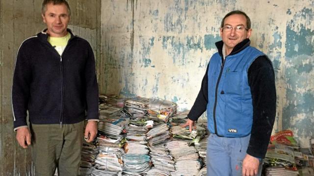 Régis Le Baron et Patrick Chanony sont les chevilles ouvrières de cette opération de collecte.