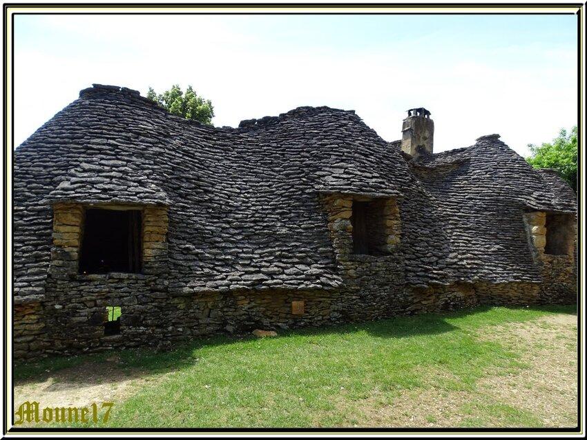 Les cabanes du Breuil (Dordogne)