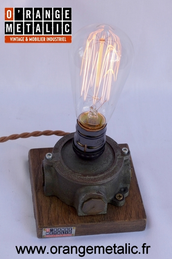 Mobilier Industriel O'Range Metalic Lamp Design 2