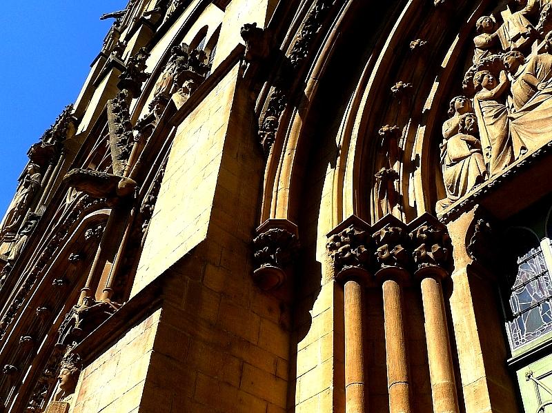 Metz / Sainte Ségolène sur la place Jeanne d'Arc...