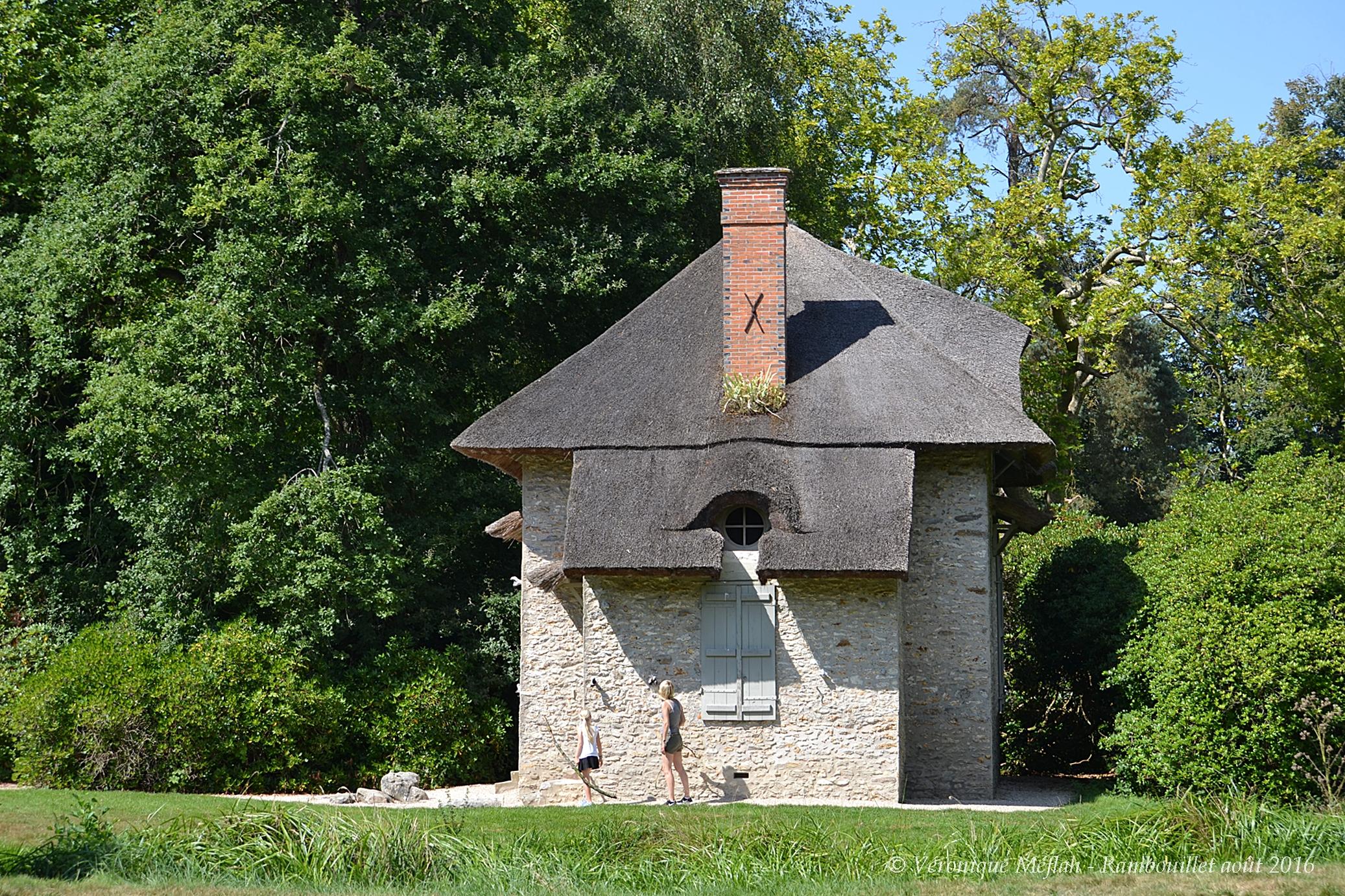 Parc Du Chateau De Rambouillet La Chaumiere Aux