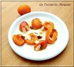 Poële d'abricots aux amandes et raisins