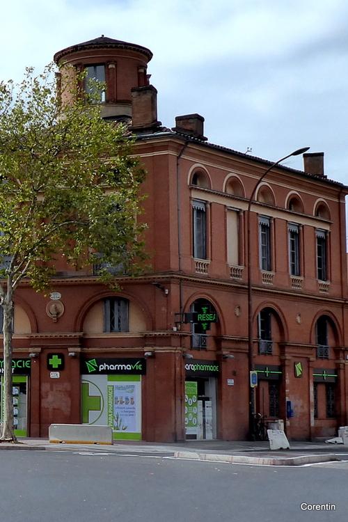 Toulouse : façade d'une maison ancienne