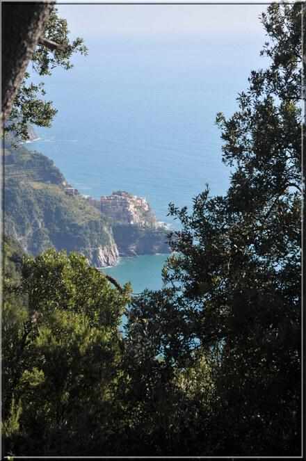 Italie, les 5 Terres : sur le sentier N°6, vue vers Manarola