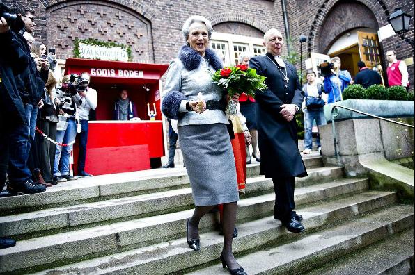 Benedikte au marché